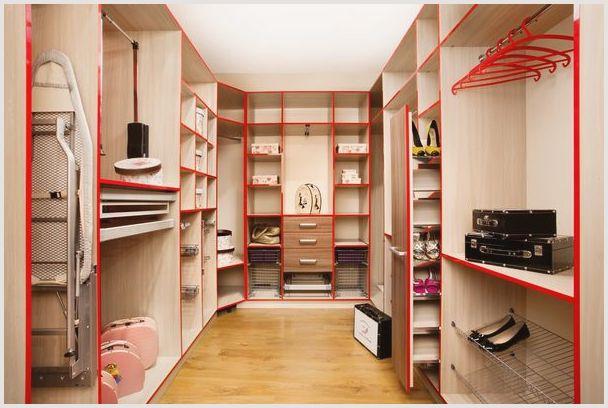 Недорогие шкафы для гардеробных комнат